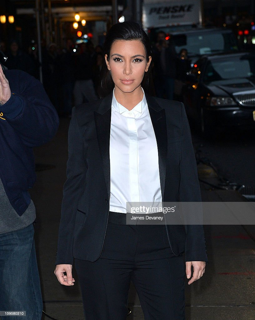 <a gi-track='captionPersonalityLinkClicked' href=/galleries/search?phrase=Kim+Kardashian&family=editorial&specificpeople=753387 ng-click='$event.stopPropagation()'>Kim Kardashian</a> arrives to 'Late Show with David Letterman' at Ed Sullivan Theater on January 16, 2013 in New York City.