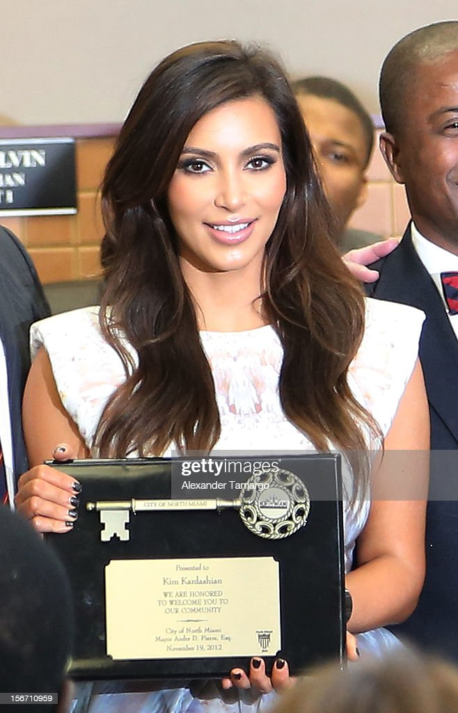 <a gi-track='captionPersonalityLinkClicked' href=/galleries/search?phrase=Kim+Kardashian&family=editorial&specificpeople=753387 ng-click='$event.stopPropagation()'>Kim Kardashian</a> make an appearance at North Miami City Hall to receive keys to the City of North Miami on November 19, 2012 in North Miami, Florida.