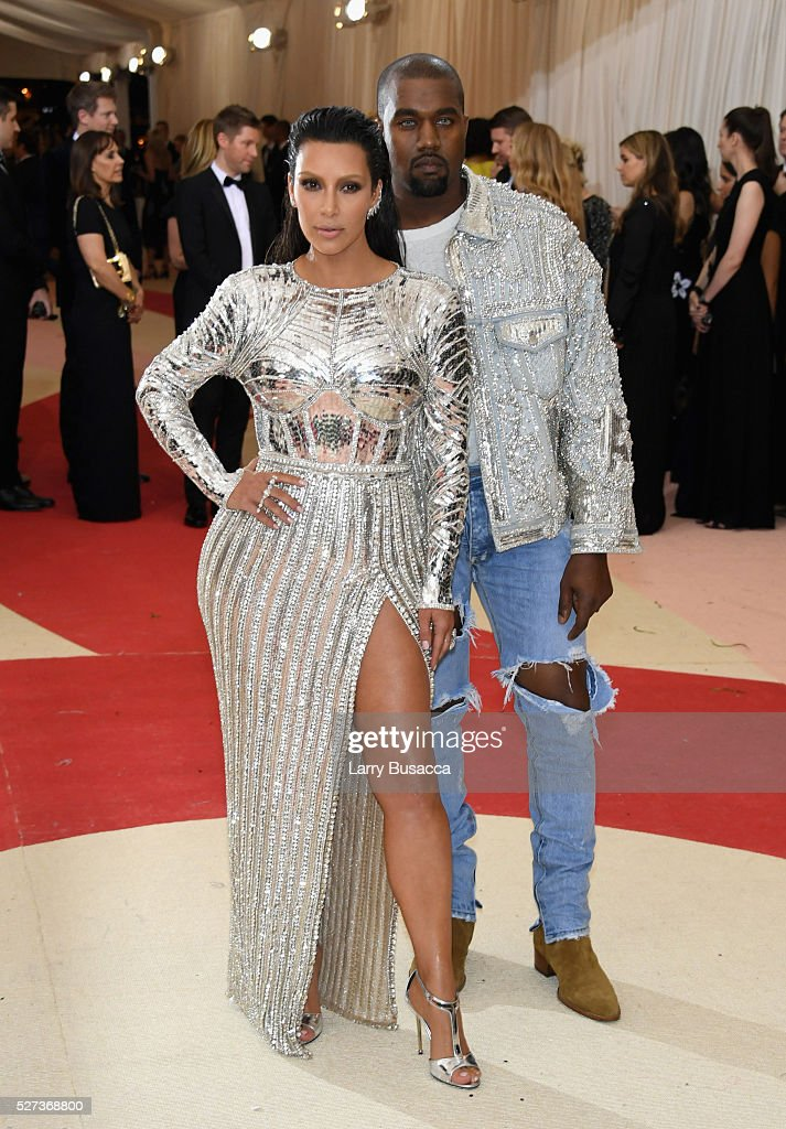 Kim Kardashian West (L) and Kanye West attend the 'Manus x Machina: Fashion In An Age Of Technology' Costume Institute Gala at Metropolitan Museum of Art on May 2, 2016 in New York City.