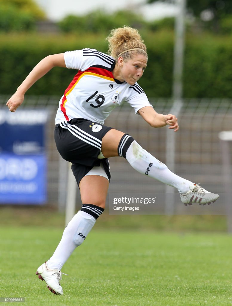 Kim Kulig of Germany shoots during the DFB women's U20 match between Germany and USA at the Ludwig-Jahn-Stadion on June 13 2010 in Herford, Gerrmany.