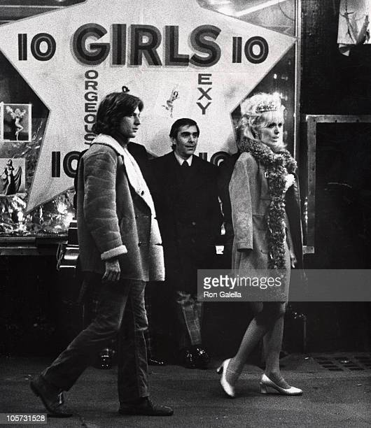 Kim Novak and Michael Brandon during On Location Filming 'Third Girl from the Left' January 25 1973 at Filming 'Third Girl from the Left' in New York...
