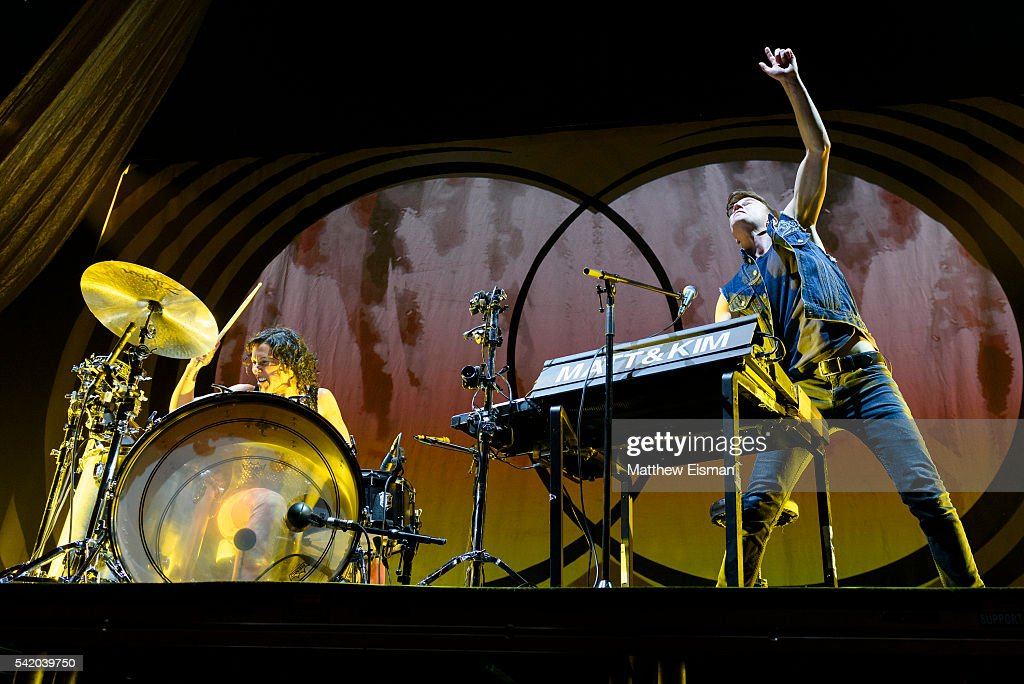 Ellie Goulding In Concert - New York, NY