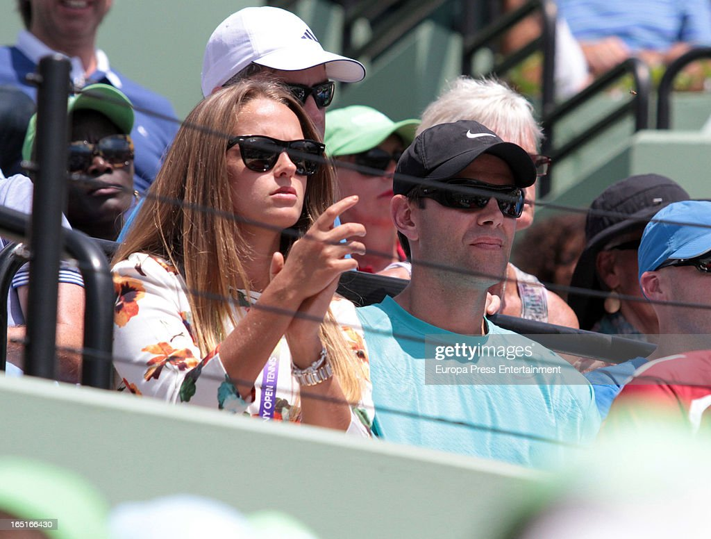 Kim Sears girlfriend of Andy Murray watches Andy Murray of Great Britain and David Ferrer of Spain final match at the Sony Open at Crandon Park Tennis Center on March 31, 2013 in Miami, Florida.