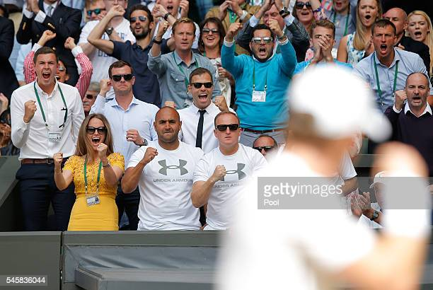 Kim Sears Shane Annun Matt Little Jamie Dalgado and Ivan Lendl watch on during the Men's Singles Final match between Andy Murray of Great Britain and...