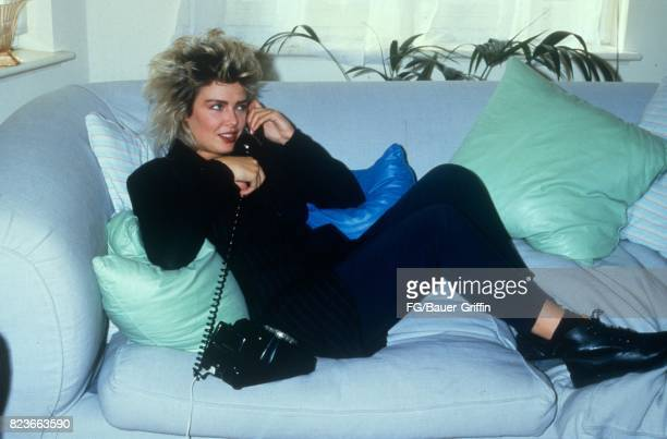 Kim Wilde on the telephone in her new apartment in St John's Wood London on September 13 1982 in London United Kingdom 170612F1