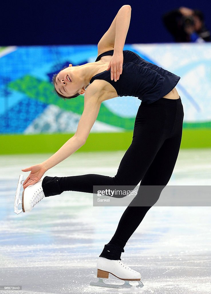 <a gi-track='captionPersonalityLinkClicked' href=/galleries/search?phrase=Kim+Yu-Na&family=editorial&specificpeople=4198415 ng-click='$event.stopPropagation()'>Kim Yu-Na</a> in action during a training session of the 2010 Vancouver Winter Olympics at Pacific Coliseum on February 21, 2010 in Vancouver, Canada.