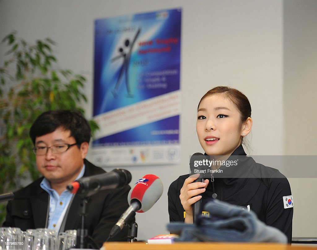 Kim Yuna of Korea talks with the media after winning the senior ladies short program of the NRW trophy 2012 at Eissportzentrum on December 8, 2012 in Dortmund, Germany.