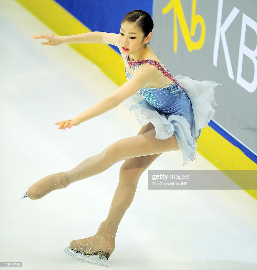 <a gi-track='captionPersonalityLinkClicked' href=/galleries/search?phrase=Kim+Yu-Na&family=editorial&specificpeople=4198415 ng-click='$event.stopPropagation()'>Kim Yu-Na</a> performs during day two of Korea Figure Skating Championshpis 2013 at Mokdong Ice Rink on January 5, 2013 in Seoul, South Korea.