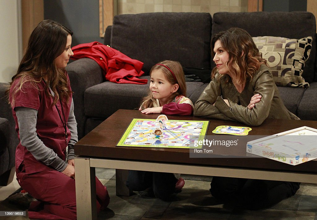 HOSPITAL - Kimberly McCullough (Robin), Brooklyn Rae Silzer (Emma) and Finola Hughes (Anna) in a scene that airs the week of February 20, 2012 on ABC Daytime's 'General Hospital.' 'General Hospital' airs Monday-Friday (3:00 p.m. - 4:00 p.m., ET) on the ABC Television Network. GH12 KIMBERLY