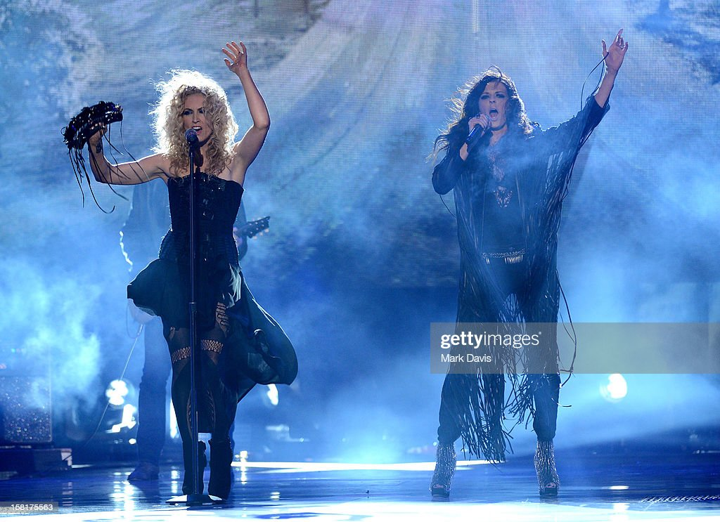 Kimberly Schlapman and Karen Fairchild of Little Big Town perform onstage during the 2012 American Country Awards at the Mandalay Bay Events Center on December 10, 2012 in Las Vegas, Nevada.