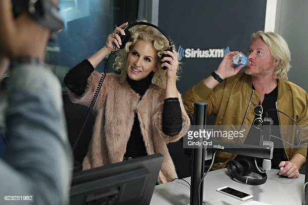 Kimberly Schlapman and Phillip Sweet of Little Big Town participate in The Mannequin Challenge during a visit to 'The Hoda Show' on Today Show Radio...