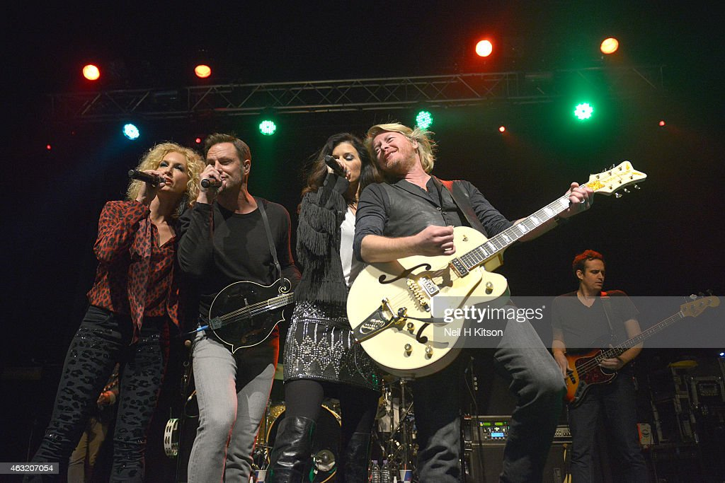 Kimberly Schlapman Jimi Westbrook Karen Fairchild and Phillip Sweet of Little Big Town performs on stage at The Ritz Manchester on February 11 2015...