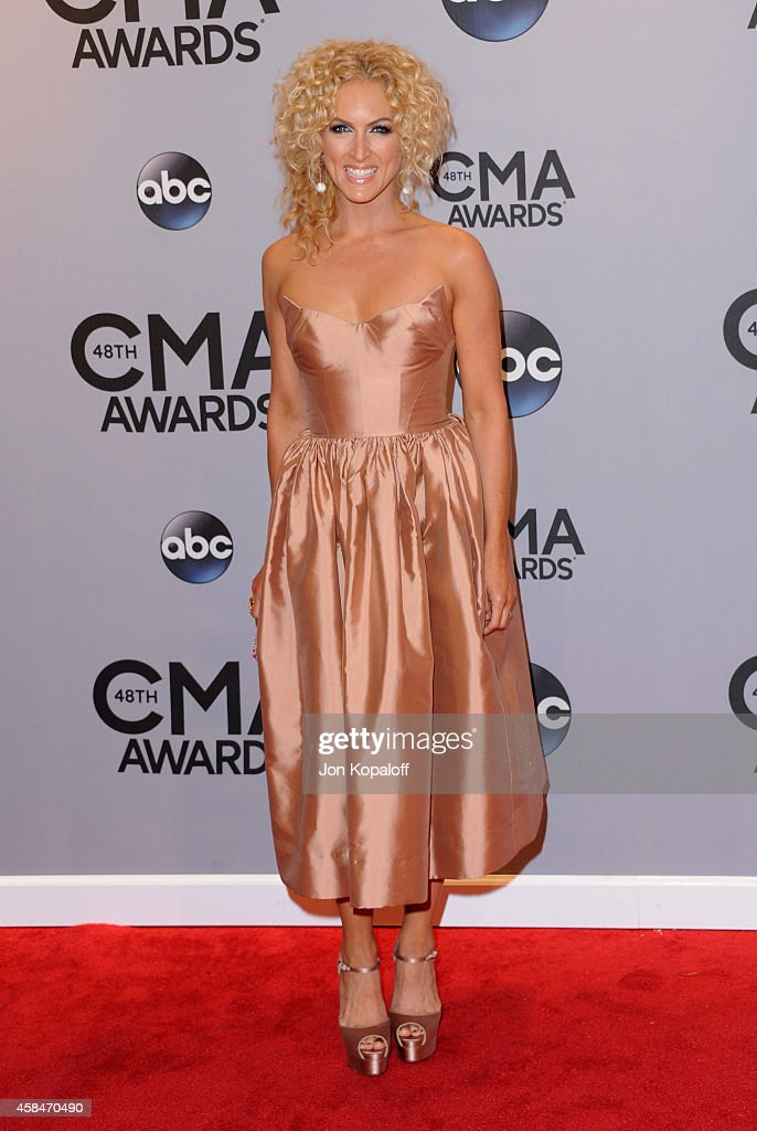 Kimberly Schlapman of <a gi-track='captionPersonalityLinkClicked' href=/galleries/search?phrase=Little+Big+Town+-+Band&family=editorial&specificpeople=577176 ng-click='$event.stopPropagation()'>Little Big Town</a> attends the 48th annual CMA Awards at the Bridgestone Arena on November 5, 2014 in Nashville, Tennessee.