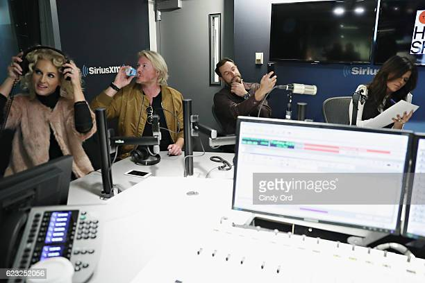 Kimberly Schlapman Phillip Sweet Jimi Westbrook and Karen Fairchild of Little Big Town participate in The Mannequin Challenge during a visit to 'The...