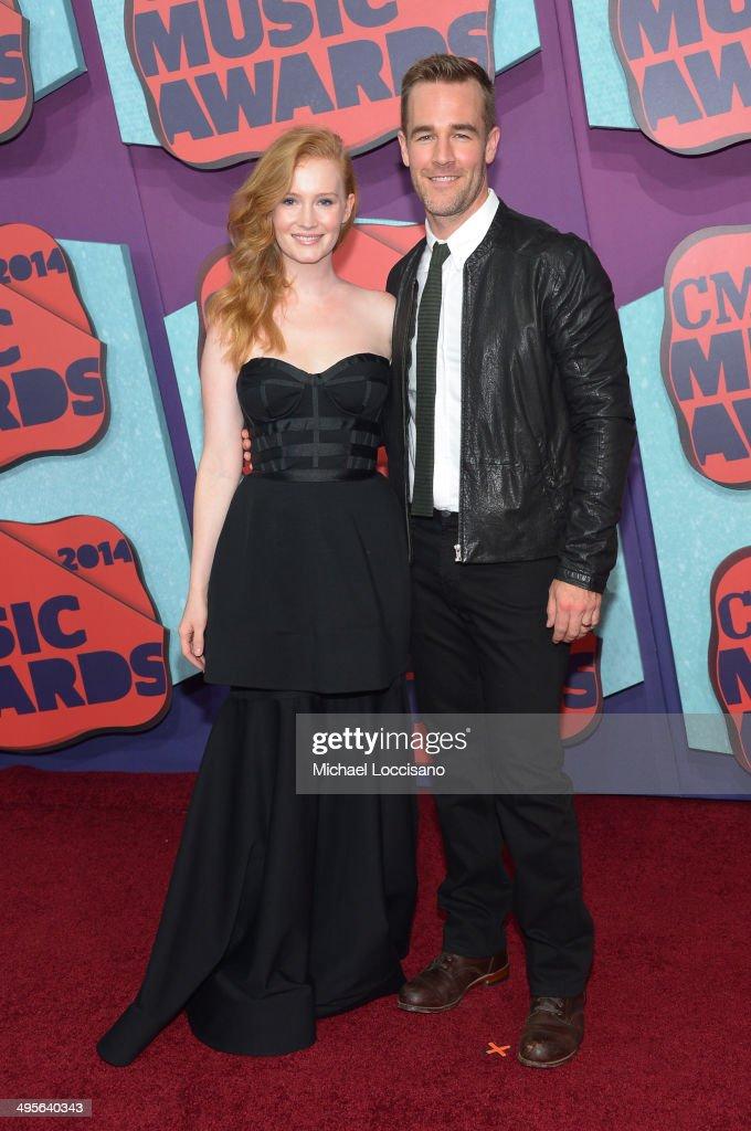Kimberly Van Der Beek and James Van Der Beek attend the 2014 CMT Music awards at the Bridgestone Arena on June 4, 2014 in Nashville, Tennessee.