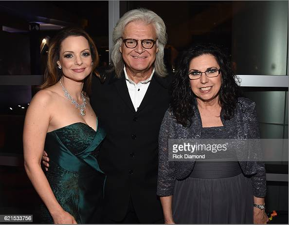 Kimberly Williams Paisley wearing Jonathon Arndt custom design 'Heart of the South Diamond' Ricky Skaggs and Sharon White during the 50th annual CMA...