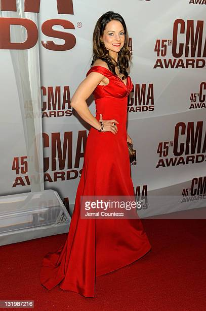 Kimberly WilliamsPaisley attends the 45th annual CMA Awards at the Bridgestone Arena on November 9 2011 in Nashville Tennessee
