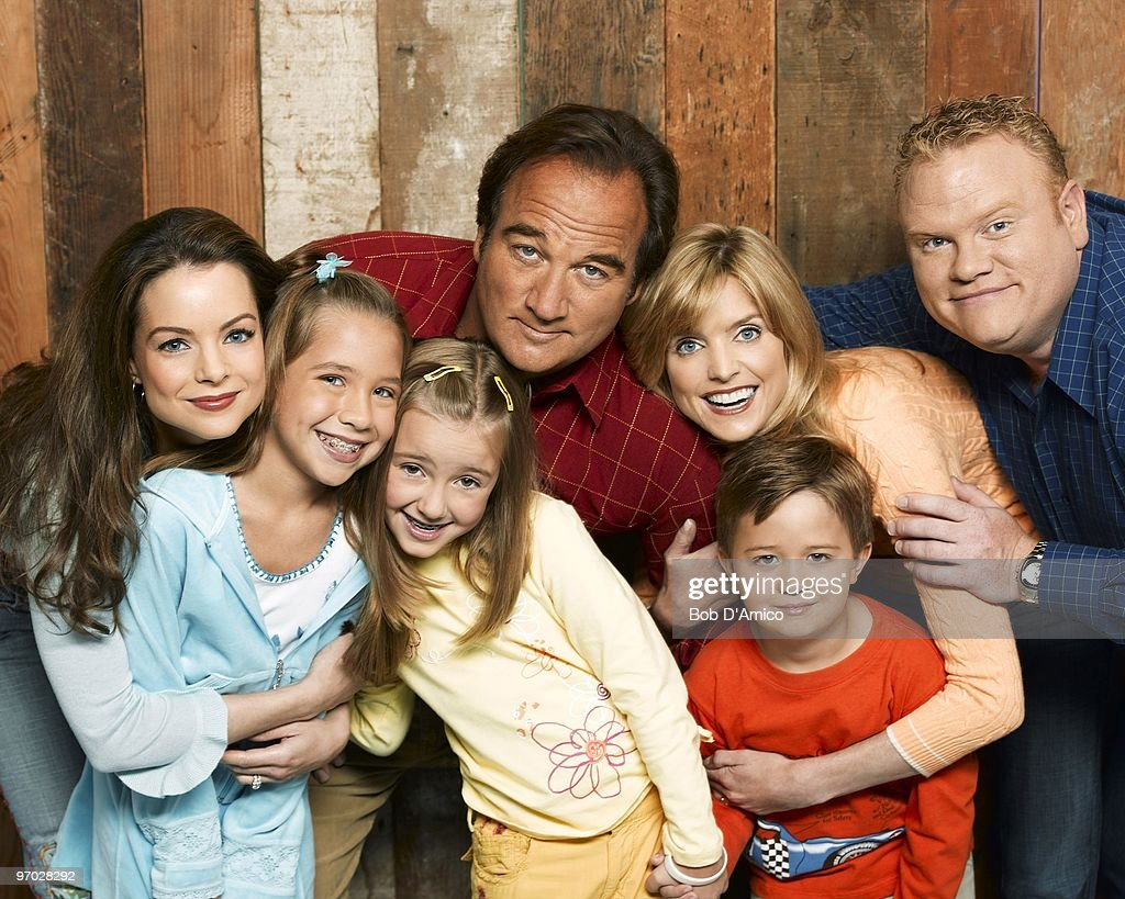 JIM - (L-R) Kimberly Williams-Paisley, Taylor Atelian, Billi Bruno, Jim Belushi, Courtney Thorne-Smith, Connor Rayburn, Larry Joe Campbell
