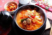kimch pot,kimchi jjigae,korea food