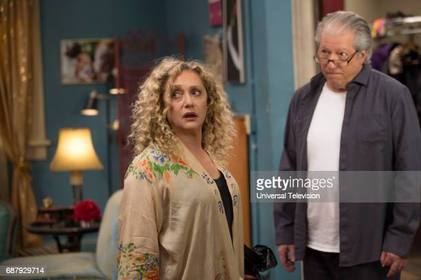 SCHMIDT 'Kimmy and the Trolley Problem' Episode 312 Pictured Carol Kane as Lillian Kaushtupper Peter Riegert as Artie Goodman