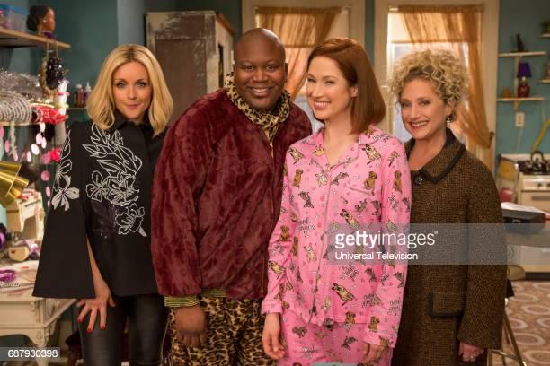 SCHMIDT 'Kimmy Bites an Onion' Episode 313 Pictured Jane Krakowski as Jacqueline White Tituss Burgess as Titus Andromedon Ellie Kemper as Kimmy...