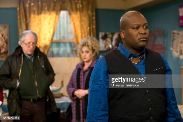 SCHMIDT 'Kimmy Does a Puzzle' Episode 308 Pictured Peter Riegert as Artie Goodman Carol Kane as Lillian Kaushtupper Tituss Burgess as Titus Andromedon