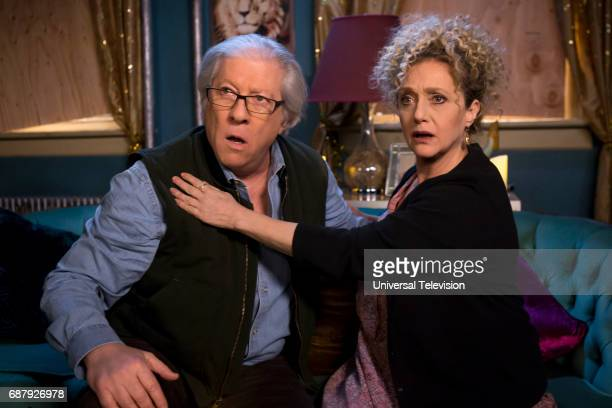 SCHMIDT 'Kimmy Does a Puzzle' Episode 308 Pictured Peter Riegert as Artie Goodman Carol Kane as Lillian Kaushtupper