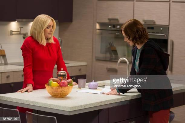 SCHMIDT 'Kimmy Gets Divorced' Episode 301 Pictured Jane Krakowski as Jacqueline White Ellie Kemper as Kimmy Schmidt