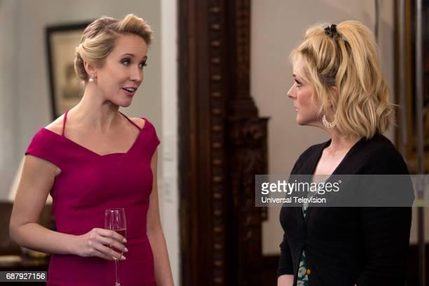 SCHMIDT 'Kimmy Goes to Church' Episode 309 Pictured Anna Camp as Deirdre Robespierre Jane Krakowski as Jacqueline White