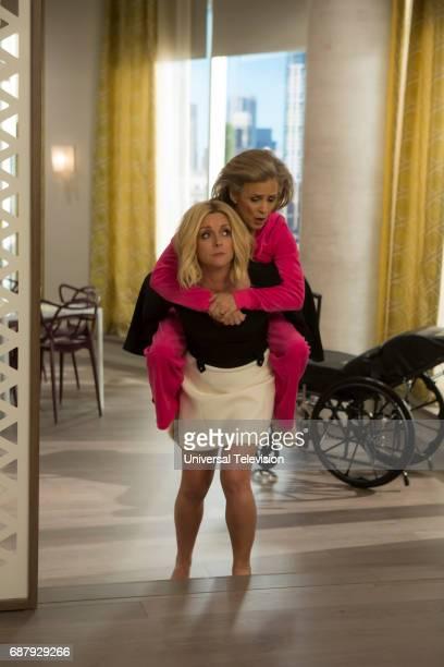 SCHMIDT 'Kimmy Googles the Internet' Episode 311 Pictured Jane Krakowski as Jacqueline White Amy Sedaris as Mimi Kanassis