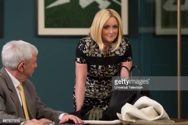 SCHMIDT 'Kimmy Pulls Off a Heist' Episode 310 Pictured Jane Krakowski as Jacqueline White