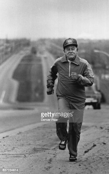 Kin Middleton Dogs Every day Early in The Morning When the air is Clean not much Traffic The 71 year old Runs 10ks 5 ks around the State Credit The...