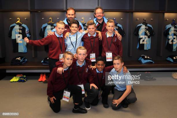 KinderSport Kids Cup Finalists Lyndhurst Junior School in the Wycombe Wanderers dressing room