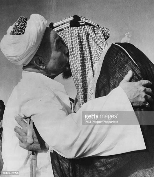 King Abdullah I of Transjordan greets King Ibn Saud of Saudi Arabia in Riyadh Saudi Arabia 2nd July 1948 Amicable relations have been restored for...