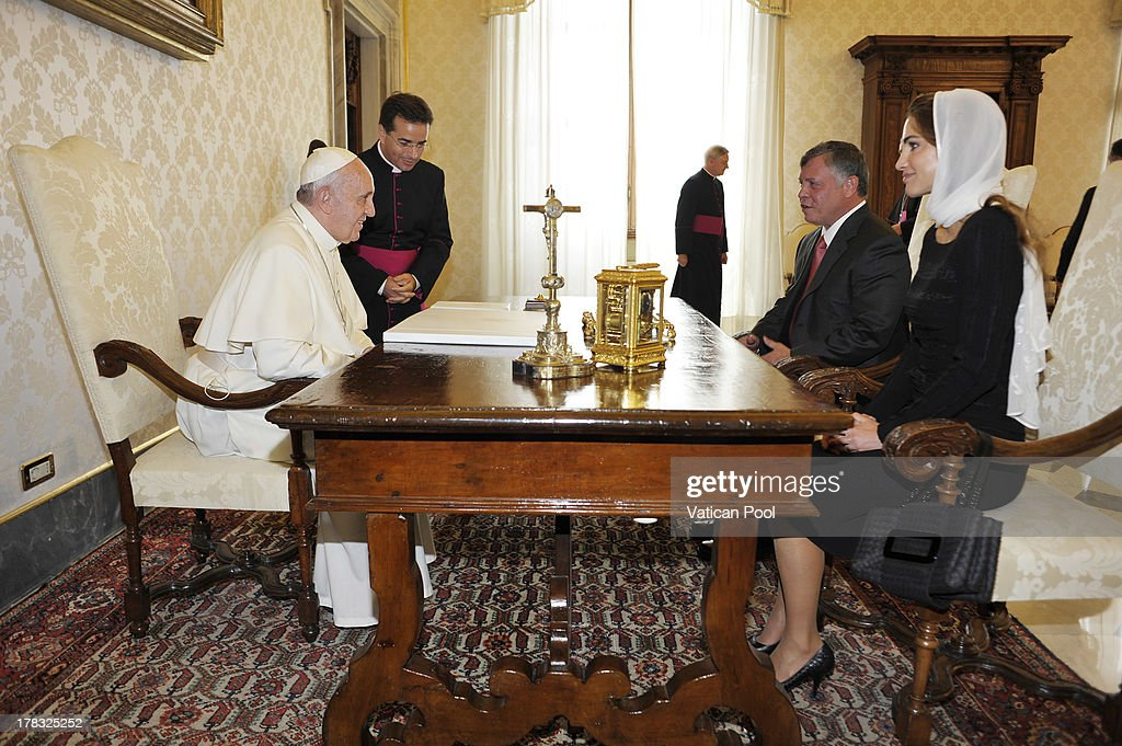 King Abdullah II of Jordan and Queen Rania meet with Pope Francis at the Pope's private library on August 29, 2013 in Vatican City, Vatican. The Pope was expected to talk about Jordan's sheltering of those fleeing the civil war in neighboring Syria.