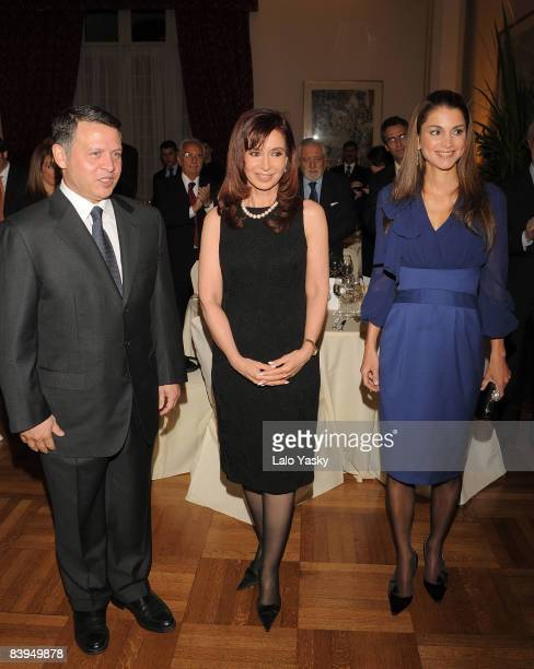 King Abdullah of Jordan Agentinian President Cristina Fernandez and Queen Rania of Jordan Jordan attend the dinner honouring Jordan Royals at the...