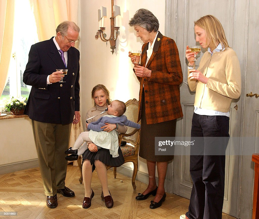 King Albert, Princess Laetitia-Maria, Princess Louisa-Maria and Arch-duchess Margherita d'Autriche-Est attend a photocall to celebrate Prince Amedeo's 18th birthday on February 20, 2004 in Brussels, Belgium.