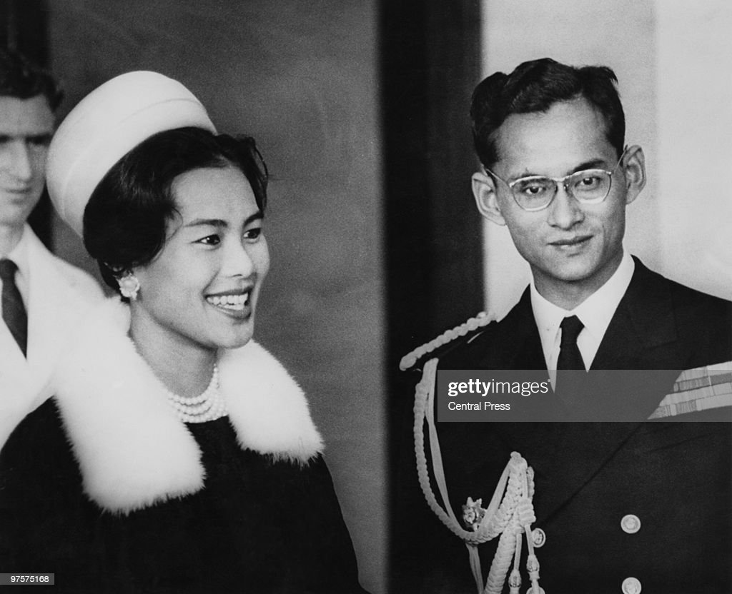 King Bhumibol and Queen <a gi-track='captionPersonalityLinkClicked' href=/galleries/search?phrase=Sirikit&family=editorial&specificpeople=228360 ng-click='$event.stopPropagation()'>Sirikit</a> of Thailand attend a reception at Wellington Town Hall at the start of their eight-day tour of New Zealand, August 1962.