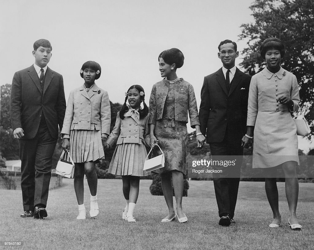 King Bhumibol and Queen <a gi-track='captionPersonalityLinkClicked' href=/galleries/search?phrase=Sirikit&family=editorial&specificpeople=228360 ng-click='$event.stopPropagation()'>Sirikit</a> of Thailand with their children at King's Beeches, their private residence in Sunninghill, Berkshire, 27th July 1966. From left to right, Crown Prince <a gi-track='captionPersonalityLinkClicked' href=/galleries/search?phrase=Maha+Vajiralongkorn&family=editorial&specificpeople=584948 ng-click='$event.stopPropagation()'>Maha Vajiralongkorn</a>, Princess Sirindhorn, Princess Chulabhorn, the Queen, the King and Princess Ubolratana.