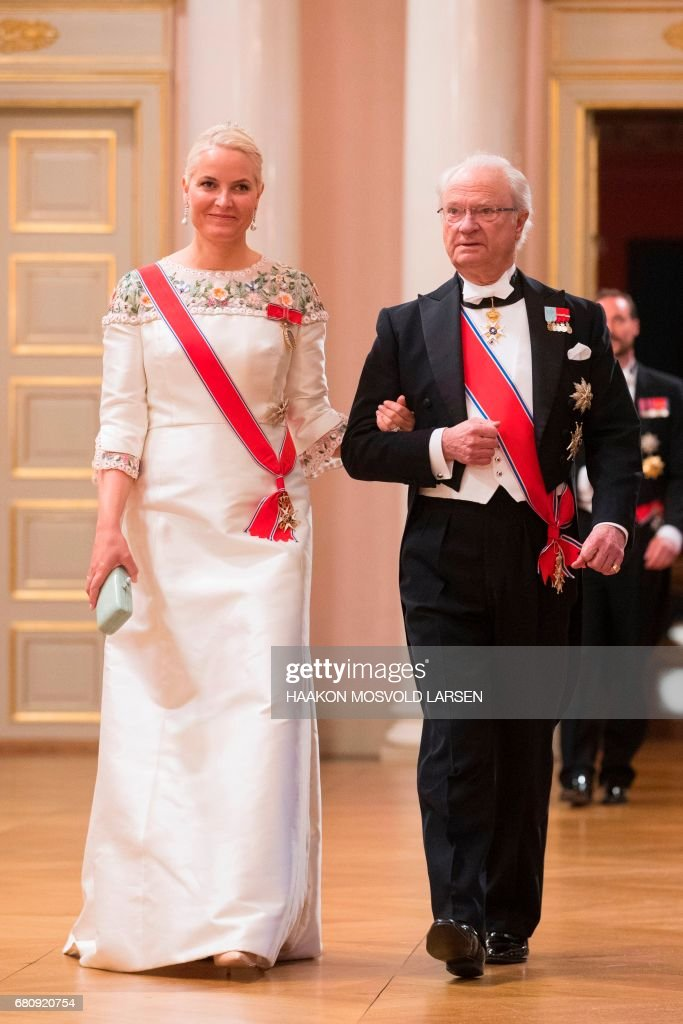 King Carl Gustaf of Sweden and Crowm Princess Mette-Marit of Norway arrive for a gala dinner at the Royal Palace in Oslo, Norway on May 9, 2017 to mark the 80th Birthday of the King and Queen. PHOTO / POOL / Haakon Mosvold Larsen