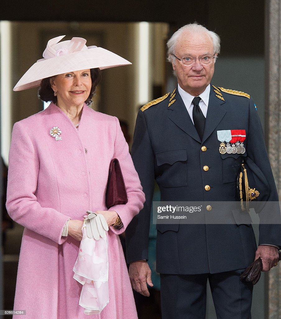 King Carl Gustaf of Sweden and <a gi-track='captionPersonalityLinkClicked' href=/galleries/search?phrase=Queen+Silvia+of+Sweden&family=editorial&specificpeople=160332 ng-click='$event.stopPropagation()'>Queen Silvia of Sweden</a> arrive at the Royal Palace to attend Te Deum Thanksgiving Service to celebrate the 70th birthday of King Carl Gustaf of Sweden on April 30, 2016 in Stockholm, Sweden.