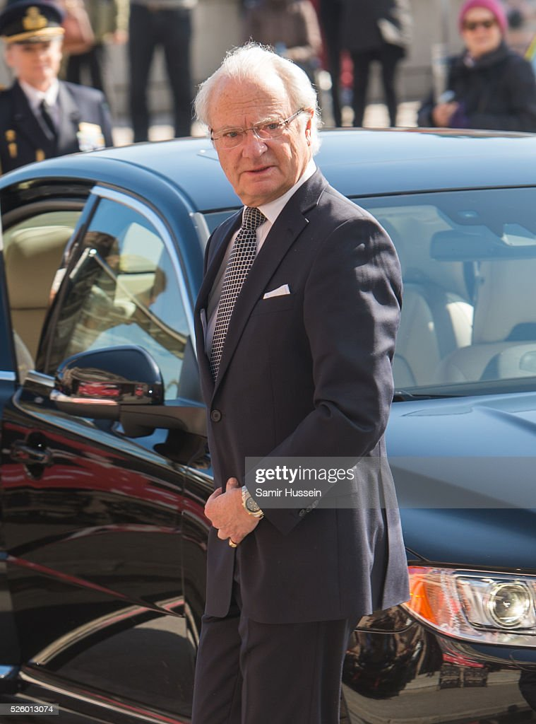 King Carl Gustaf of Sweden arrives attends the Royal Artistic Academies for his 70th birthday on April 29, 2016 in Stockholm, Sweden.