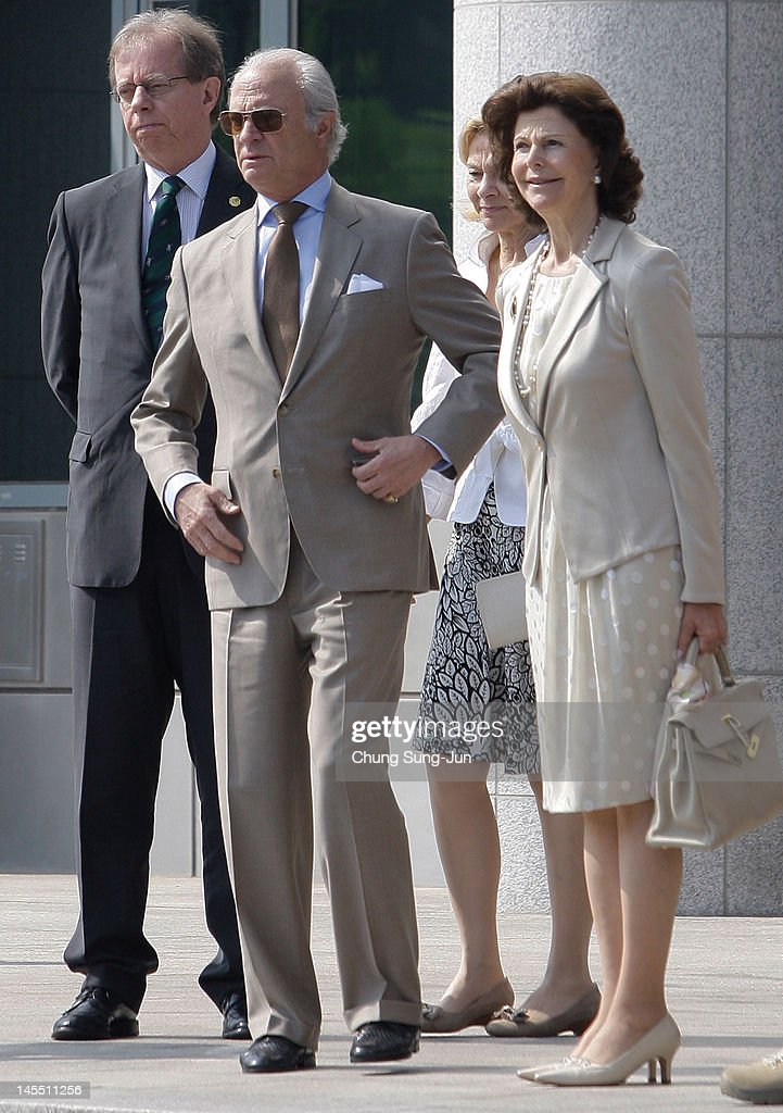 King Carl XVI Gustaf of Sweden and <a gi-track='captionPersonalityLinkClicked' href=/galleries/search?phrase=Queen+Silvia+of+Sweden&family=editorial&specificpeople=160332 ng-click='$event.stopPropagation()'>Queen Silvia of Sweden</a> visit at the border village of panmunjom between South and North Korea in the demilitarized zone (DMZ) on June 1, 2012, South Korea. The Swedish royals are on the four-day tour to South Korea.