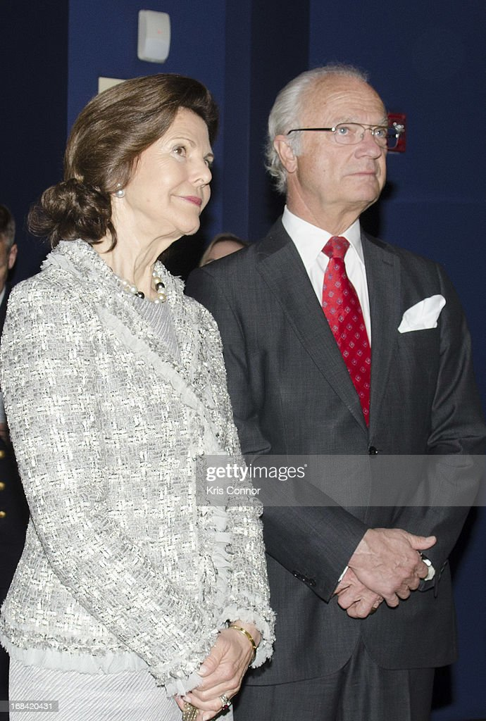 King Carl XVI Gustaf of Sweden and <a gi-track='captionPersonalityLinkClicked' href=/galleries/search?phrase=Queen+Silvia+of+Sweden&family=editorial&specificpeople=160332 ng-click='$event.stopPropagation()'>Queen Silvia of Sweden</a> visit the National Museum of the American Indian at Smithsonian Museum on May 9, 2013 in Washington, DC.