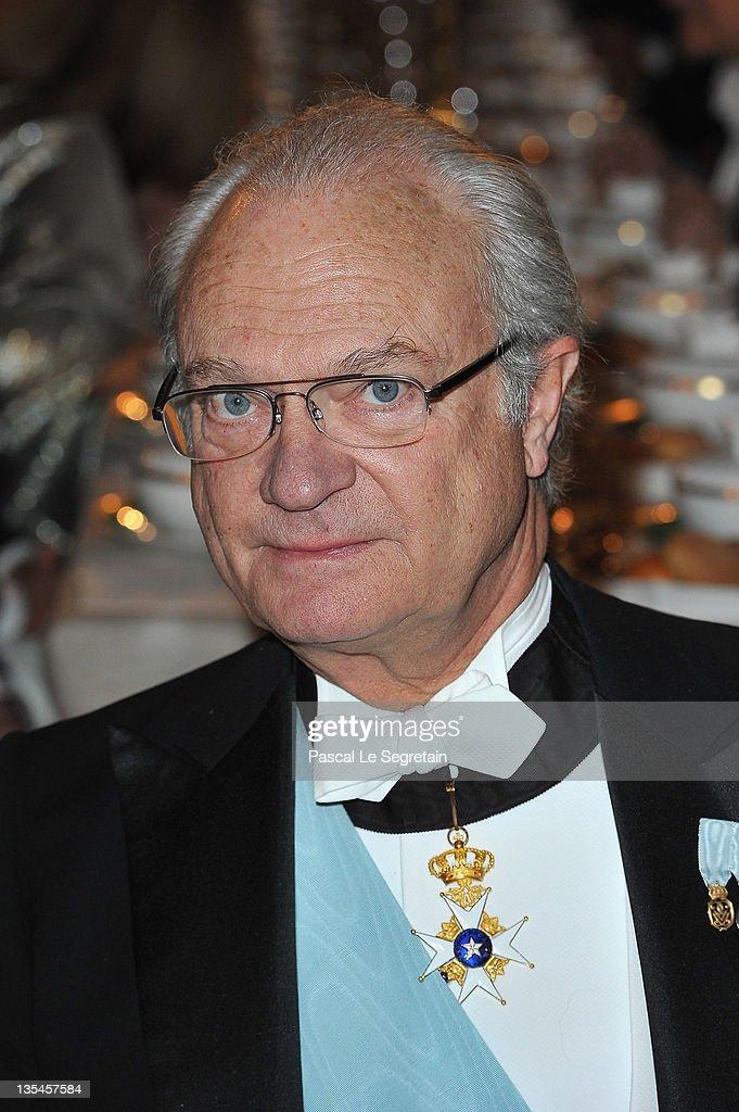 King Carl XVI Gustaf of Sweden attends the Nobel Banquet at the City Hall on December 10 2011 in Stockholm Sweden