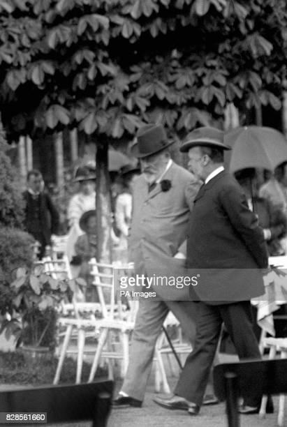 King Edward VII takes a stroll through the AustroHungarian Spa resort of Marienbad