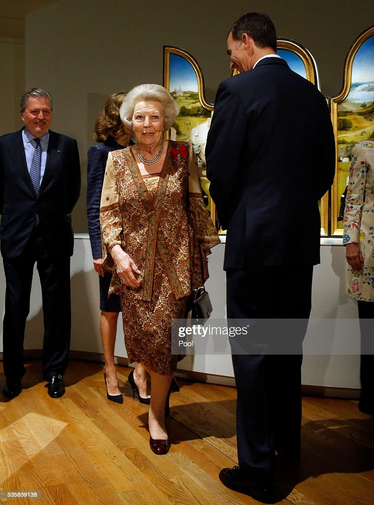 King Felipe of Spain and Beatrix of the Netherlands during a visit to the 'El Bosco' 5th Centenary Anniversary Exhibition at El Prado Museum on May 30, 2016 in Madrid, Spain.