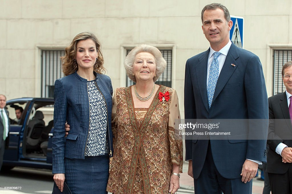 King Felipe of Spain and Queen <a gi-track='captionPersonalityLinkClicked' href=/galleries/search?phrase=Letizia+of+Spain&family=editorial&specificpeople=158373 ng-click='$event.stopPropagation()'>Letizia of Spain</a> and Princess Beatrice of Holland (C) attend the opening of the painting exhibition 'The Bosch' at El Prado Museum on May 30, 2016 in Madrid, Spain.