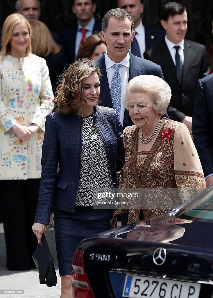 King Felipe (rear) of Spain and Queen Letizia (L) of Spain and Princess Beatrix Wilhelmina Armgard of Holland (R) attend the opening of the painting exhibition 'The Bosch' at El Prado Museum on May 30, 2016 in Madrid, Spain.