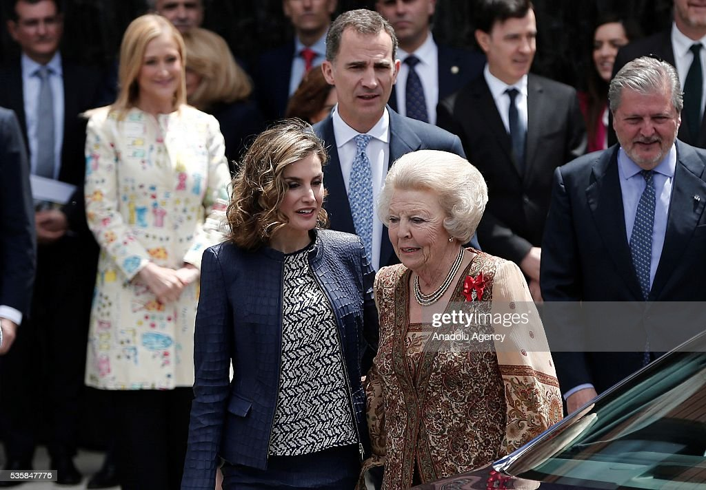 King Felipe (rear) of Spain and Queen Letizia (C-L) of Spain and Princess Beatrix Wilhelmina Armgard of Holland (C-R) attend the opening of the painting exhibition 'The Bosch' at El Prado Museum on May 30, 2016 in Madrid, Spain.